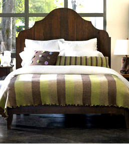 King Gustav Bed in dark wood